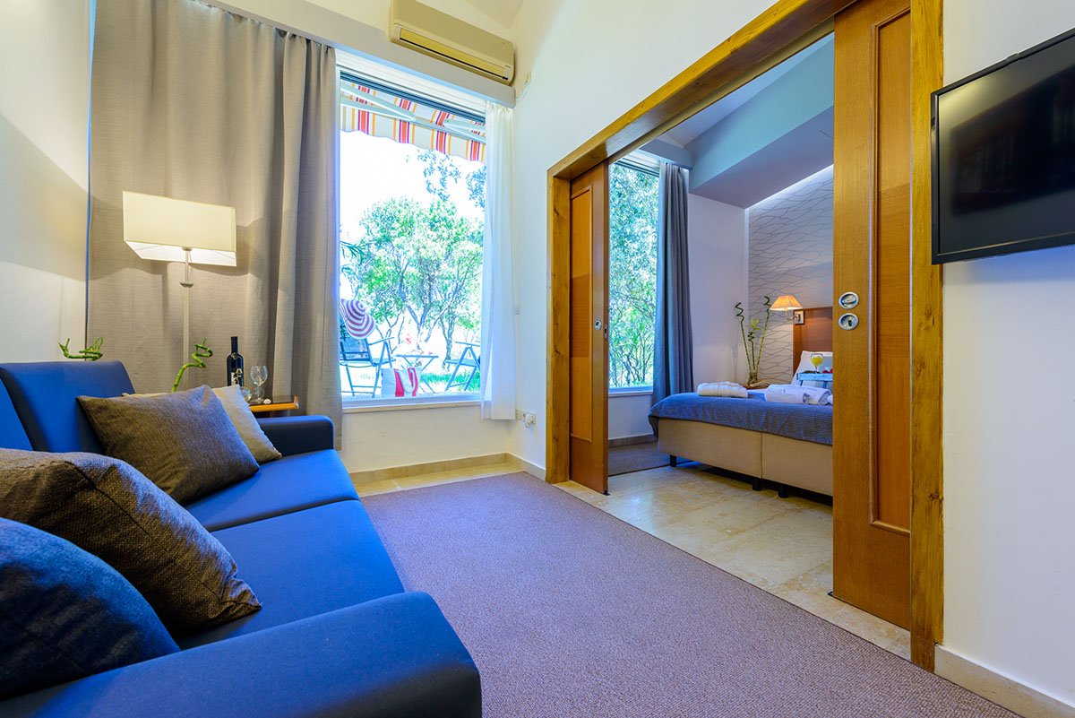 One Bedroom Apartment With Patio And Sea View Adriatic Resort Apartments