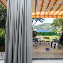 Two-level studio with patio and sea view (2)